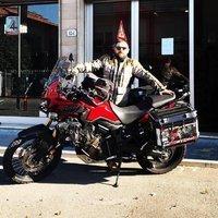 Riccardo Adventure Travell